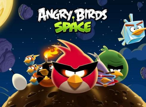 Angry Birds Space lifts off OS16A663 x large تحميل لعبة انجري الطيور الغاضبة في الفضاء 2013 Angry Birds Space